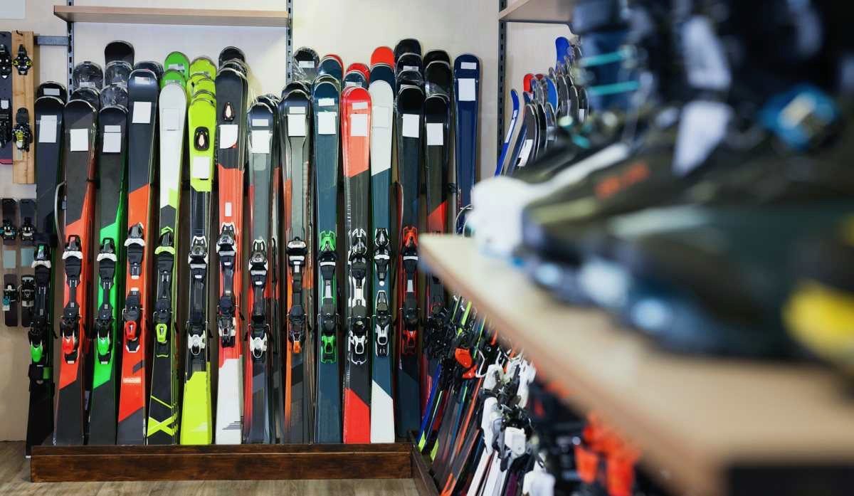 Buy Second-hand Skis